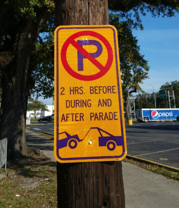 Pay Attention to Gold and Purple Signs this Mardi Gras to Avoid Tow